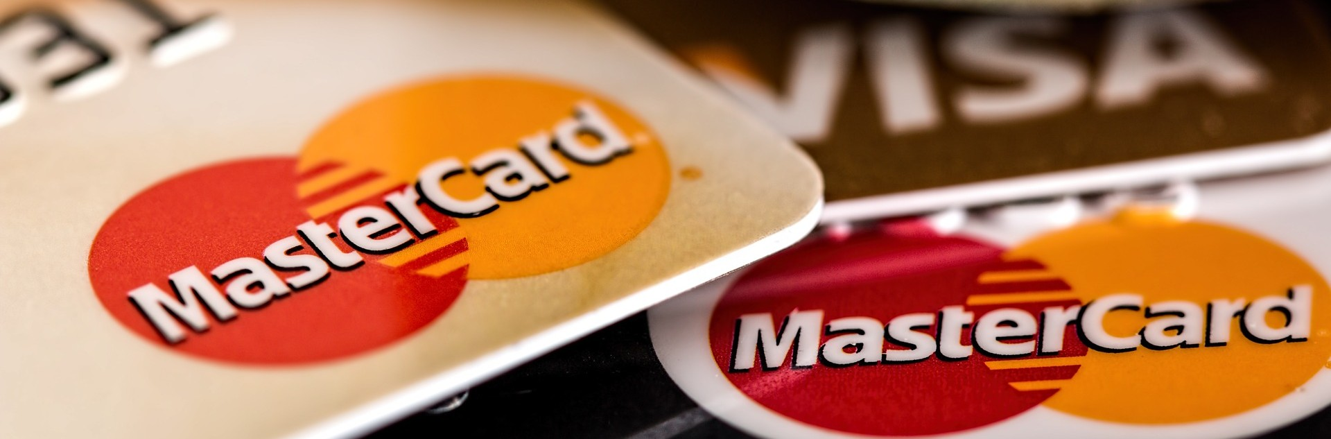 Avoid High Risk Status and Accept Credit Cards Online for Less